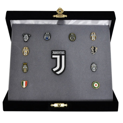 JUVENTUS HISTORICAL PINS COLLECTION